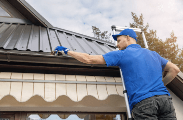 gutter cleaning in grand rapids